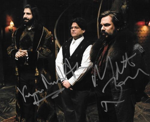 * WHAT WE DO IN THE SHADOWS * signed 8x10 photo * NOVAK, BERRY & GUILLEN * 2