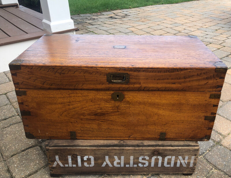 Antique WOOD DOVETAILED BOX 29x15x13 BLANKET CHEST Primitive PATINA c.19th