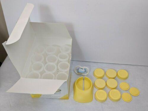 Medela 12 Small 2.7oz Freezing & Storage Bottles + Hand Pump Base