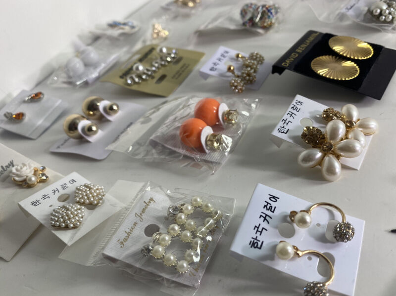 Lot Of Earrings 40 Assorted Dangling Studs Jewelry