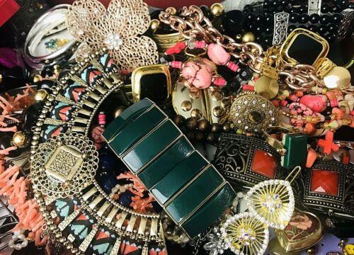 Huge Lot Junk Drawer Jewelry 7 lb Vintage Modern Wear Craft Repurpose Repair