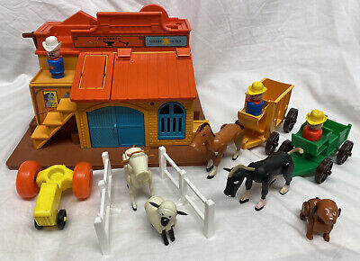 Vintage Fisher Price Little People Play Family Western Town #934 Incomplete