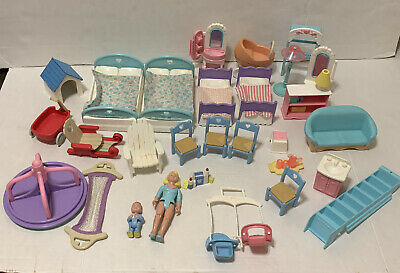 29 Pc Fisher Price Loving Family Figure Mom baby Furniture Lot Vtg 90s Buggy Bed