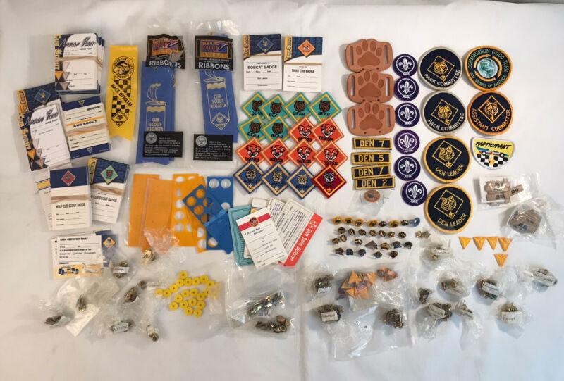 Boy Scouts BSA Cub Scout Lot Belt Merit Badges Patches & Miscellaneous (#A1)