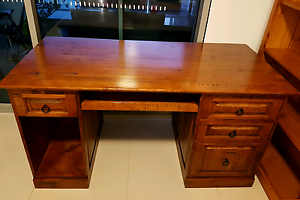 Desk (solid wood) - very sturdy Biggera Waters Gold Coast City Preview