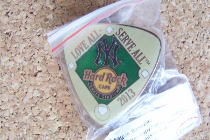 2013 Hard Rock Cafe HRC Yankee Stadium Diamond guitar Pick pin NYS NY Yankees