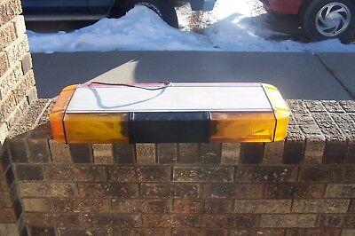 Whelen Edge 9000 Mini Amber  Red Light Bar 28 Tested Working