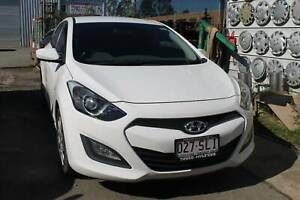 2012 Hyundai i30 Manual White Hatchback Nerang Gold Coast West Preview
