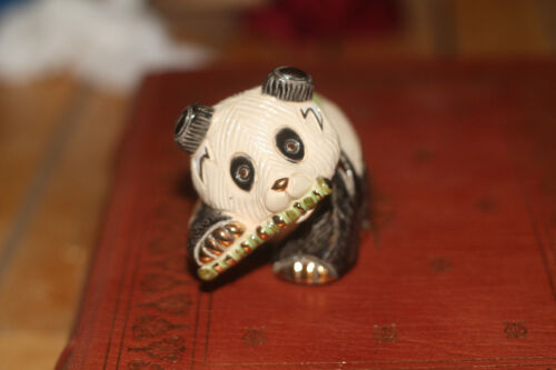 De Rosa Rinconada Gold Trim Ceramic Handcrafted Panda Bear Figurine w/ Bamboo