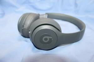 BEATS BY DRE STUDIO 3 HEADPHONES - WIRELESS in Soft Pouch Campbelltown Campbelltown Area Preview