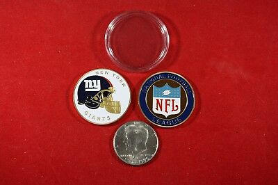 Giants Coin (Football Coin: New York GIANTS w/ Hard Case Poker Card)