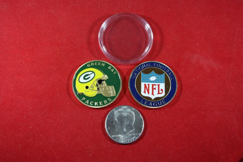 NFL Football Team Coin: Green Bay PACKERS w/ Hard Case Poker Card Protector