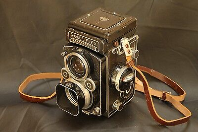 Rolleiflex 3,5F  with Zeiss  Planar  75mm and meter