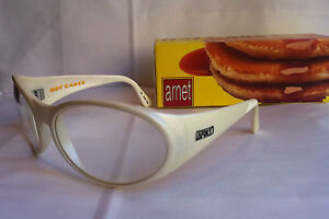 arnette swinger white