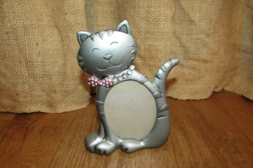 """Metal Cat Picture Frame 3.5"""" x 2.5""""     #2826"""