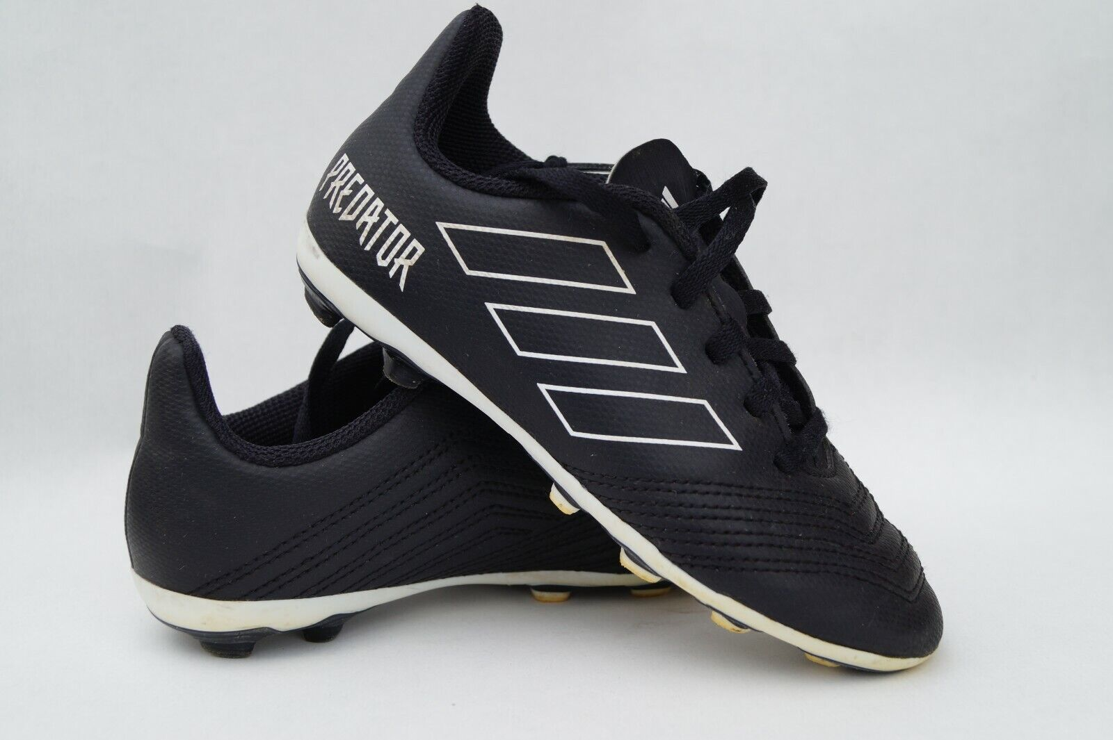 Fußballschuhe Stollenschuhe Adidas Gr.30 Kinder Jungen Super Zustand