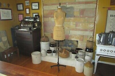 Vintage Antique 1962 Wolfe Dress Model Size 6 New York Ny Cast Iron Base 1139
