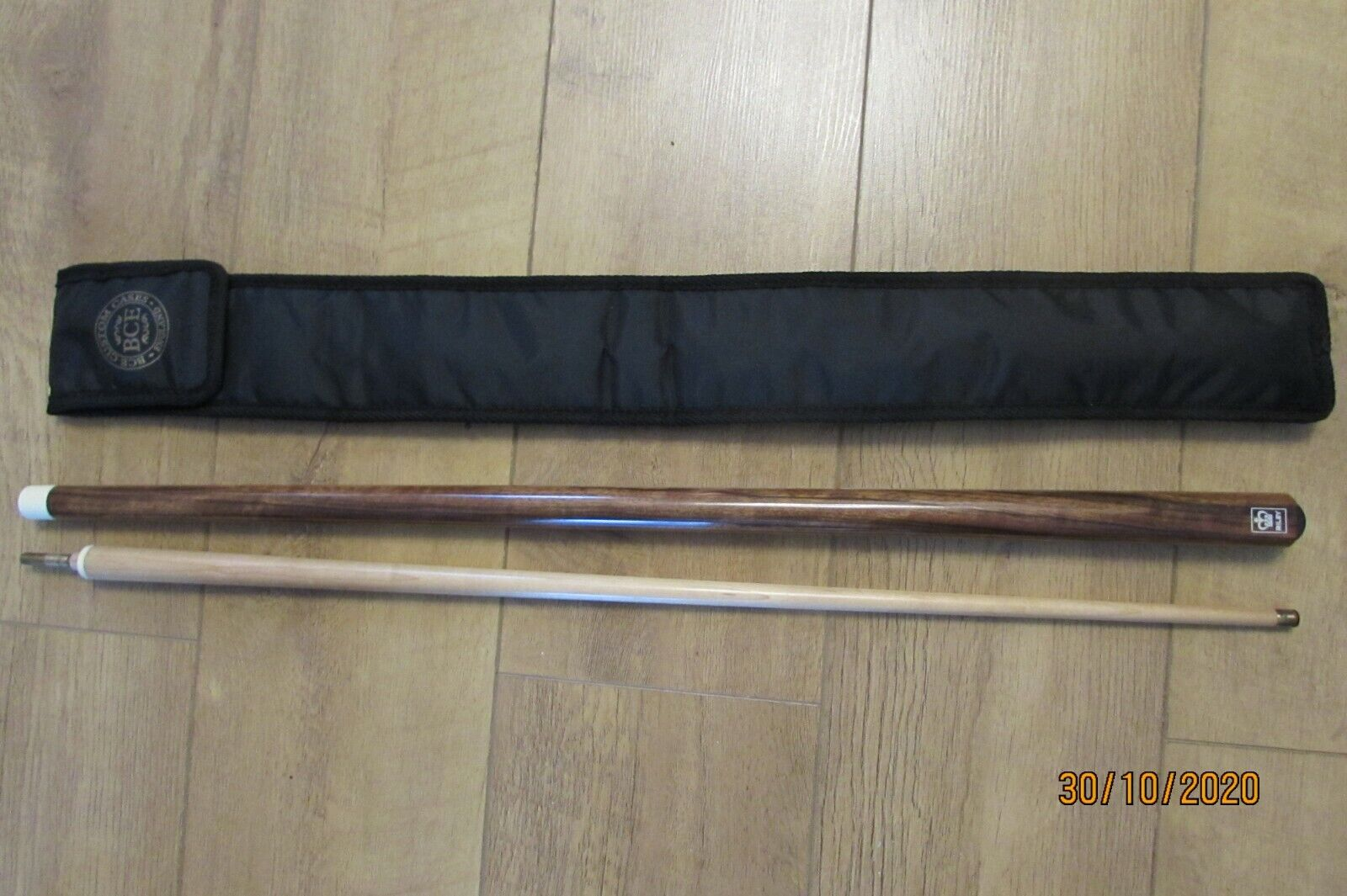 OLD RILEY TWO PIECE CUE