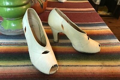 1920's 30's Ivory Peep Toe High Heel FLAPPER Shoes - 1920s Shoes Flapper