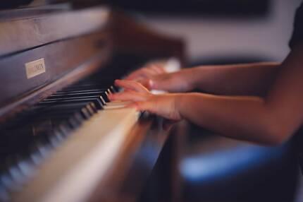 CORE STUDIOS SYDNEY (PIANO & GUITAR LESSONS)