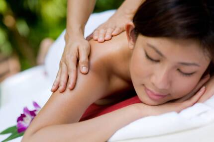 You want to learn the most beautiful Balinese Massage?