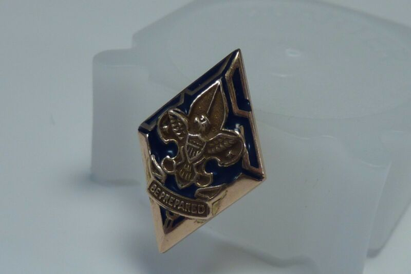 10K Yellow Gold  Boy Scouts of America lapel Pin