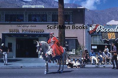 Kodak Chrome 35mm Schiebe Parade Hübsche Frau Kostüm Riding Pferd People - Frau Pferd Kostüm