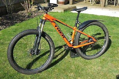 "2018 Trek Roscoe 8 hardtail mountain bike, frame size 15.5"""