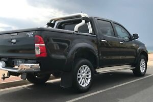2012 SR5 Toyota  Hilux $32,000 negotiable