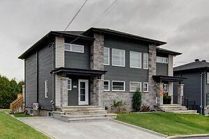 Maison - à vendre - La Haute-Saint-Charles - 24583977