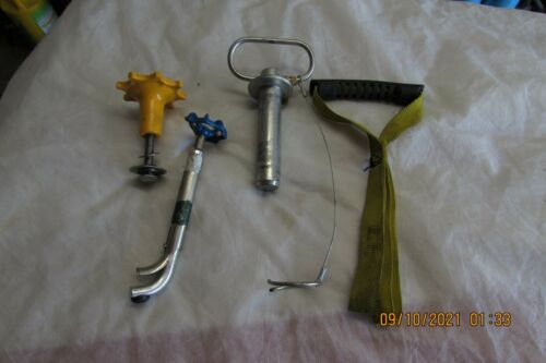 4 Pieces Tools  Fire Fighter Fighting Handle Pin Etc Unknown