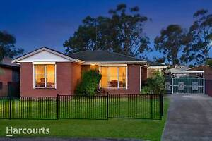 Available now featuring new kitchen and paint Minto Campbelltown Area Preview