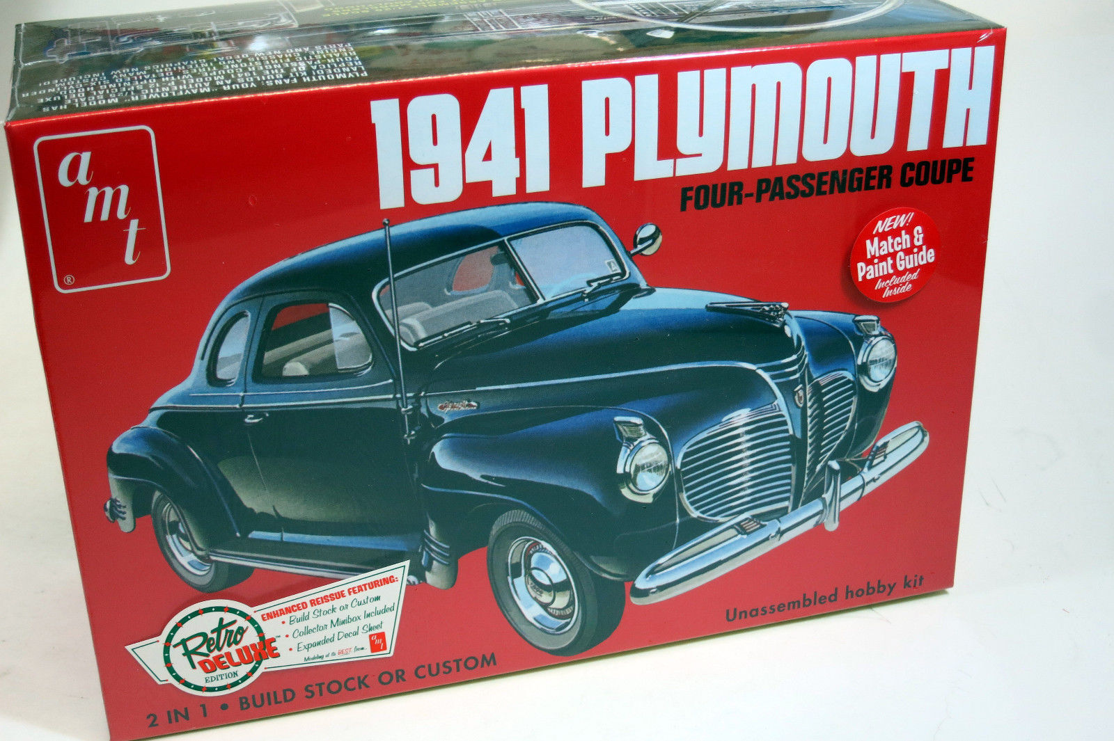 Amt 1 25 1941 Plymouth Four Passenger Coupe 2 In Plastic Model Kit Cars For Sale Stock Photo
