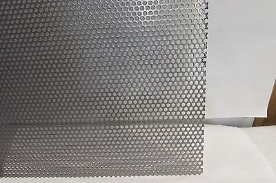 11 Gauge 18 Holes 304 Stainless Steel Perforated Sheet 6 X 6