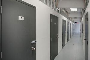 Mini-Entrepôt Charlesbourg - Sécurisé - Facile d'accès