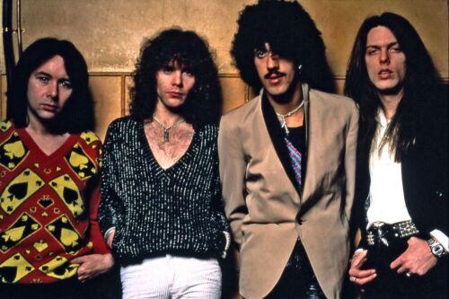 "THIN LIZZY -Phil Lynott rare 8x10"" photo!! Too cool!"