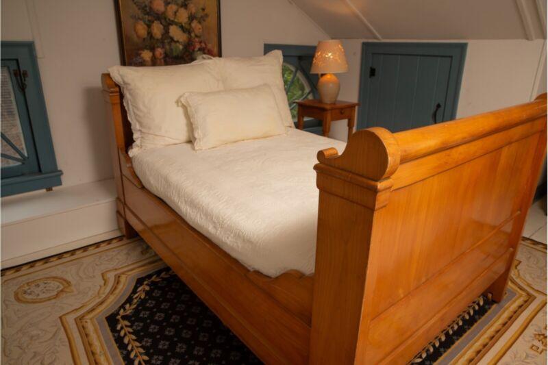 19th Century Biedermeier Cherry Wood Day Bed