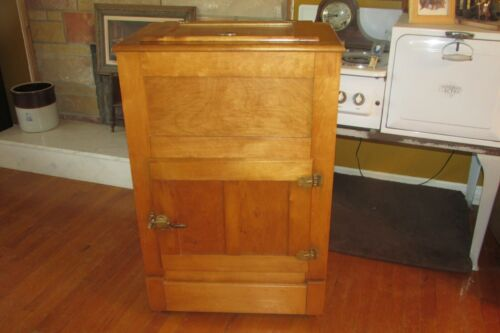 Antique Hard Maple Wallace Manufacturing Co. Ice Box Refrigerator RARE #1001