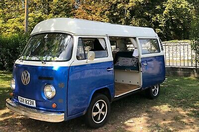 VW Campervan T2 Bay Camper