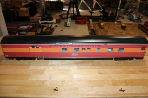 USA Trains Southern Pacific Daylight G Scale Combine Passenger Car