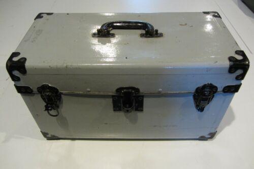 Vintage Fibre Products MFG Salesman Sample Carrying Case / Graflex Camera