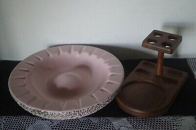 VINTAGE COLLECTIBLE PINK ASHTRAY AND PIPE STAND - RETRO