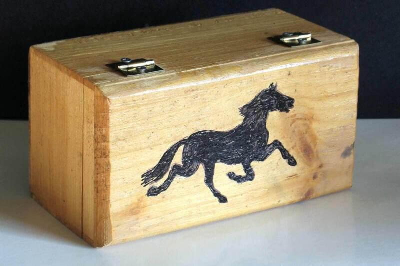 "Hand Crafted Solid Wood Trinket Box Hand Drawn Horse 7.75x4.25x4"" FREE SH"