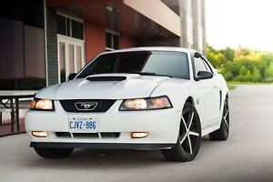 2004 Ford Mustang 5 Speed Manual (Great Condition)