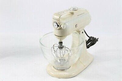 Vintage Kitchen Aid Stand Mixer White Model 3-C  3qt Glass Bowl