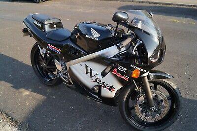 Honda Motorbike VFR NC30 400CC
