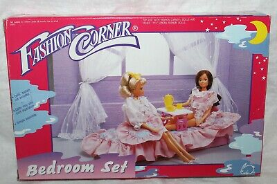 Vintage 1993 Lucky Fashion Corner Doll Bedroom Set Furniture New in Open Box