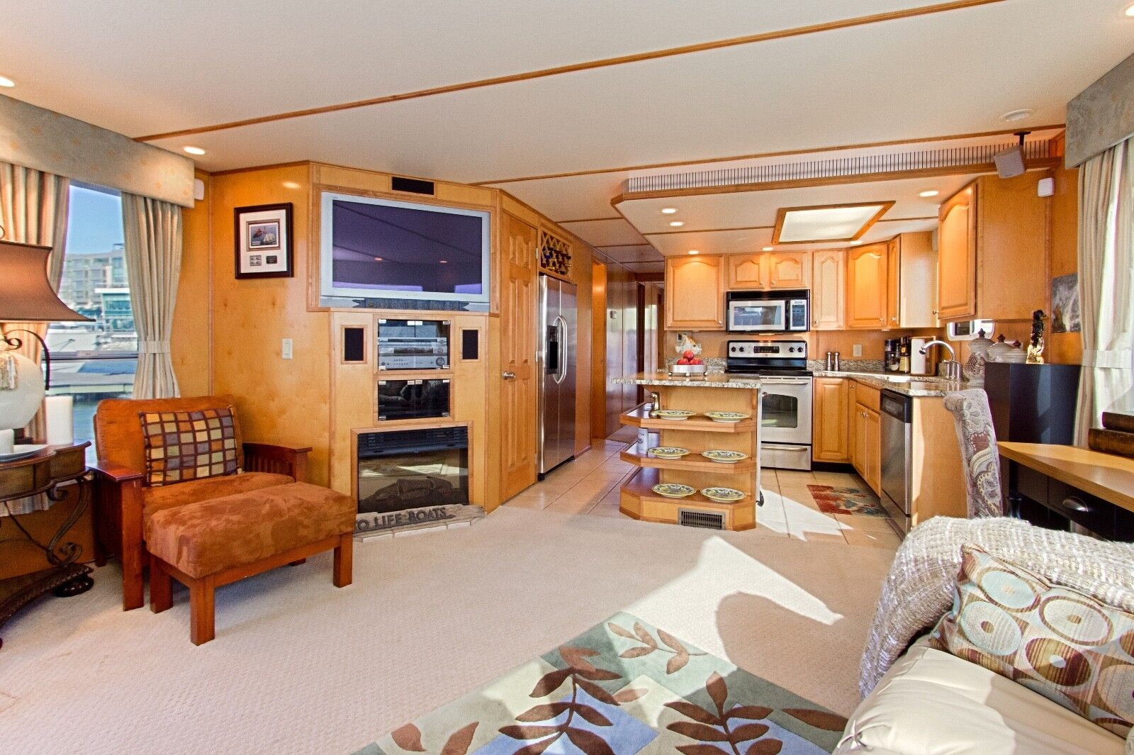 SALE! PRICE drastically REDUCED 65' River cruiser - liveaboard, perfect for ICW