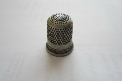 Antique Vintage Sterling Silver Sewing Thimble Number 7 Collector find