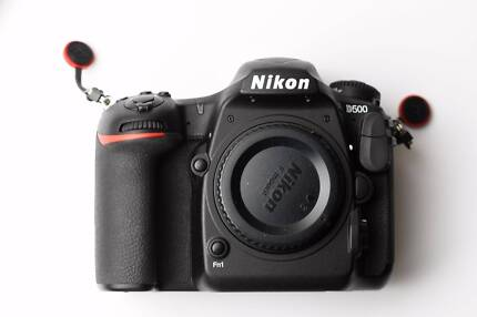 Nikon D500 camera body only great condition